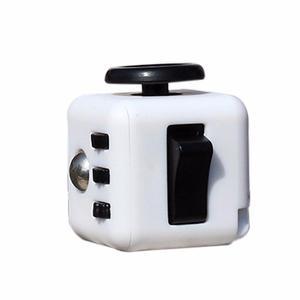 Cubo Antiestres Ansiedad Fidget Cube Blanco Con Negro