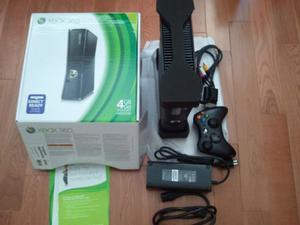 Vendo Xbox Con Frestile + 2 Controles + Kinet