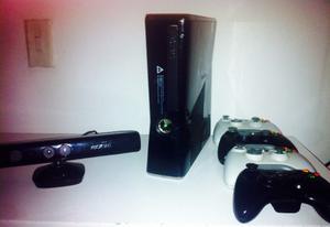 Xbox 360 Slim 250 Gb + Kinect + 4 Controles + Rgh + Juegos