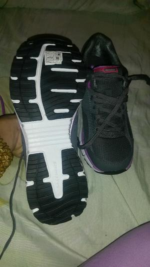 Zapatos Skechers Nuevos