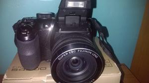 Camara Semiprofesional Fujifilm Finepix S Como Nueva