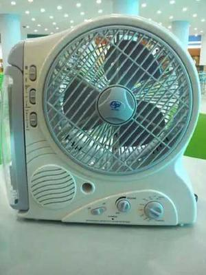 Ventilador Recargable Con Lampara Led Y Radio