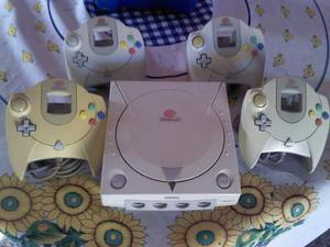 Sega Dreamcast Con 4 Controles 2 Memorias Y Varios Juegos