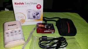 Cámara Digital Kodak Easyshare C140 Con Cargador De Pilas