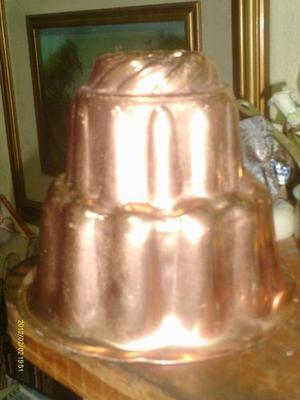 Envase O Molde De Cobre Para Torta De Muy Buen Diseño