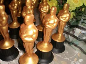 Estatuillas Del Oscar Pintadas