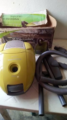 Aspiradora Electrolux Ingenio 1 Usada