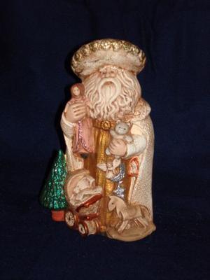 Figura De Espíritu De La Navidad En Dorado