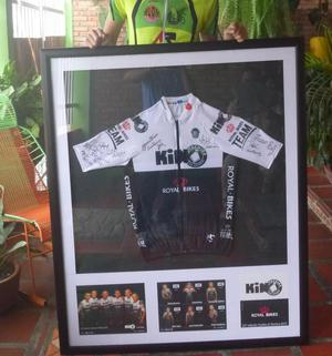 Subastando Maillot oficial del Kino Tachira autografiada