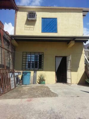 Casa en urbanización el Saman (Guacara-Carabobo)