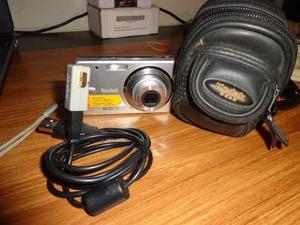 Cámara Digital Kodak 8 Megapíxeles, Batería Recargable