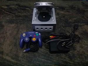Nintendo Gamecube Original, + 1 Control, + 13 Juegos.