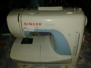Maquina de Coser Singer Simple