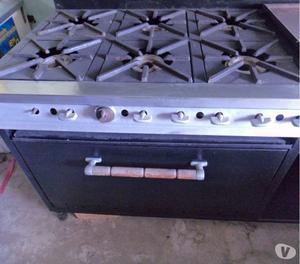 Cocina industrial de 6 hornillas con horno y plancha