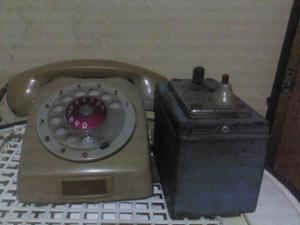 Telefono Antiguo, con traga monedas,