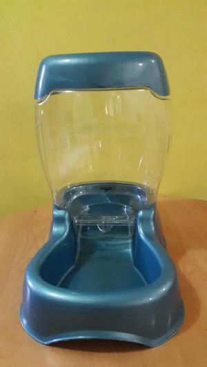 Dispensador de agua y comida para perros posot class for Dispensador de comida para perros