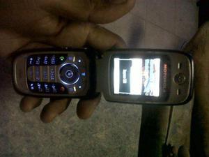 vendo telefono Motorola basico, de chip digitel