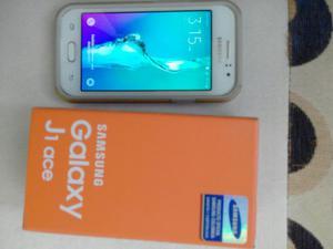 Samsung Galaxy J1 Ace Doble Sim
