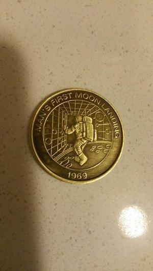 Moneda Conmemorativa Del Primer Viaje a