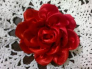 Lazos, Cintillos Y Flores De Cinta Y Tejido De Crochet.