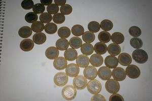 Monedas Venezolanas Un Bolivar , Y De Plata