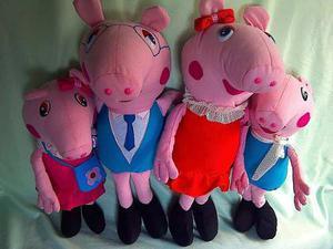 Peluche De Cerdita Pepa Pig Y Familia
