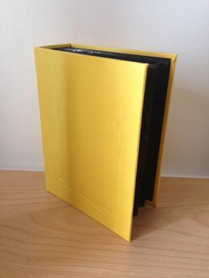 Álbum De Fotos Amarillo Pequeño Tapa Dura Usado 52 Paginas