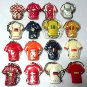 Dieciseis Llaveros Países Mundial De Fútbol  Helados