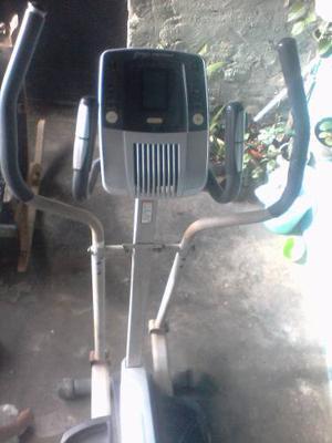 Máquina Para Hacer Ejercicios Pro Form 395 E