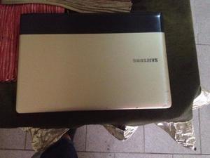 Laptop Sansung Np300e4a En Perfecto Estado