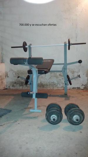 Banco Multi fuerza con pesas
