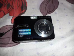 Camara Samsung Modelo  Para Respuestos Color Negro