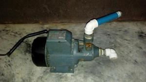 Vendo bomba de agua posot class for Vendo estanque para agua