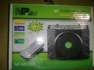 Radio Portátil Con Micrófono Y Control