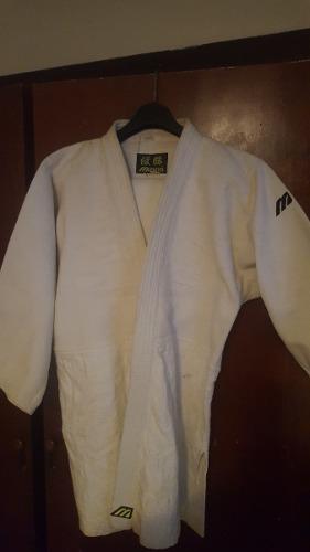Judogui Marca Mizuno Talla 5