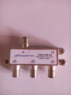 Splitter O Divisor De Señal 2 Y 3 Salidas De 1 A  Mhz