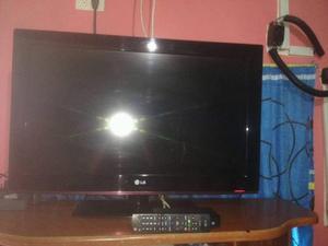 Televisor Lg 32 Pulgadas Lcd En Perfectas Condiciones