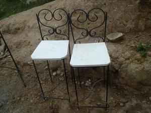 juego de mesa y sillas en hierro forjado