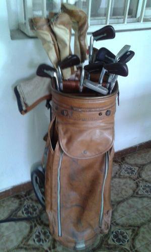 Palos De Golf Con Bolso De Cuero Y Accesorios - Usado