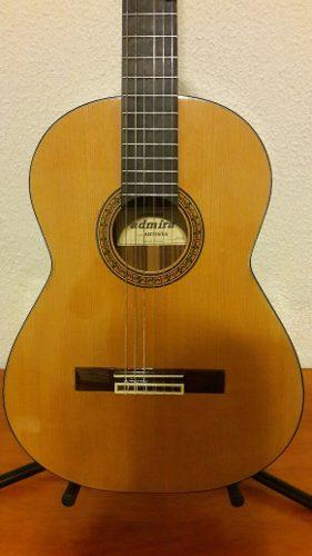 Guitarra admira juanita posot class for Guitarra admira