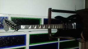 Guitarra Jackson Dinky