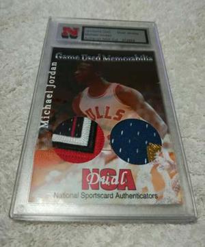 Michael Jordan / Dual Jersey Memorabilia Card / Certificada