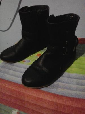 botas para niña marca bardo usada