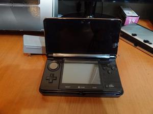 Nintendo 3ds Con Muy Poco Uso Y Varios Juegos