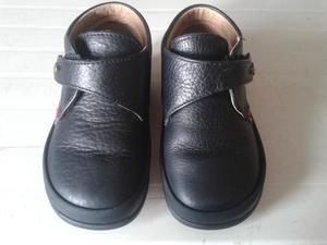Zapatos pocholin usados