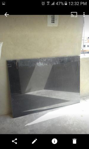 Lamina de Granito 1,36 X 0,96 Negro Zimb