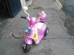 Moto De Batería Para Niña Con Su Cargador