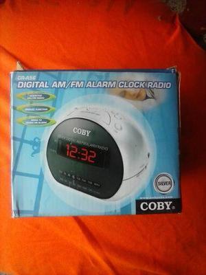 Radio Reloj Despertador Am/pm Coby Cr-a56