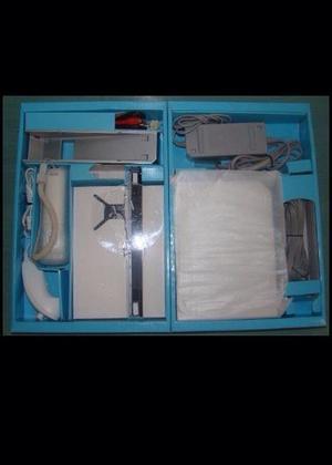 Consola Nintendo Wii Original Con 2 Controles Y Juego 5 En 1