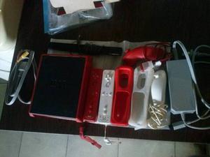 Nintendo Wii Mini + 2 Controles +2 Nunchuk + 3 Juegos